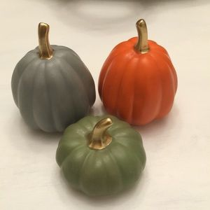Set of 3 mini ceramic pumpkins